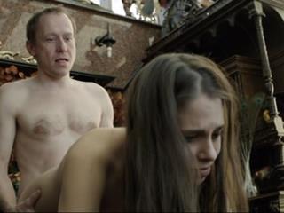 Фильмы про отчим развращает приемную дочь
